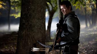 Reedus crossbow daryl dixon films episode serial wallpaper