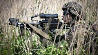 Rifles soldiers military men weapons wallpaper