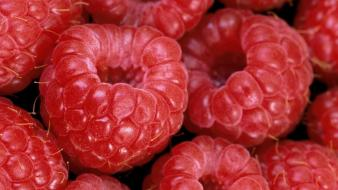 Red fruits desserts raspberries wallpaper