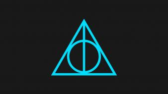Minimalistic harry potter and the deathly hallows symbols Wallpaper