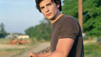 Actors tom welling Wallpaper