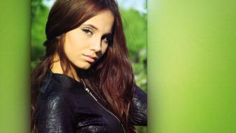 Eyes green long hair teen wallpaper