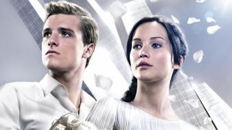 Lawrence josh hutcherson peeta the hunger games wallpaper