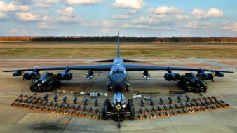 Weapons air force boeing b-52 stratofortress missle Wallpaper
