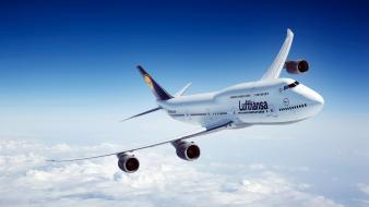 Aircraft boeing lufthansa 747-8i Wallpaper
