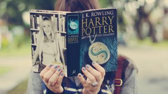 Harry potter books and the deathly hallows wallpaper
