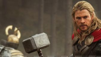 Thor chris hemsworth mjolnir thor: the dark world wallpaper
