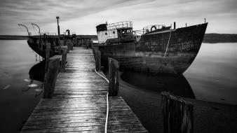 Ships grayscale abandoned piers sea wallpaper