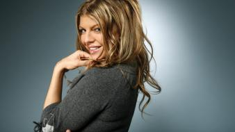 Fergie celebrity singers Wallpaper