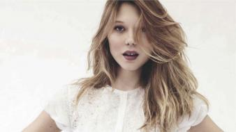 Lea seydoux white dress red lipstick actress Wallpaper