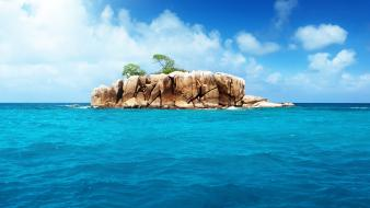 Ocean islands wallpaper