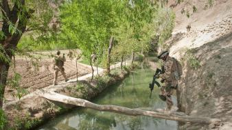 Patrol nato creek isaf ambush army taliban Wallpaper