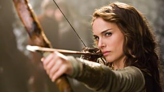 Portman long hair pillows bow and arrow wallpaper