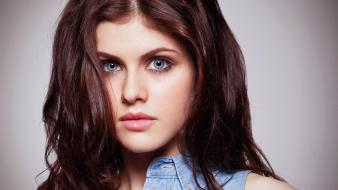Alexandra daddario blue eyes brunettes faces grey background wallpaper