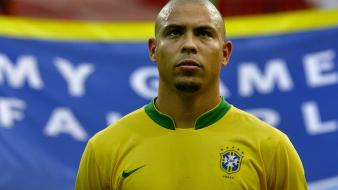 Brazil ronaldo soccer wall wallpaper