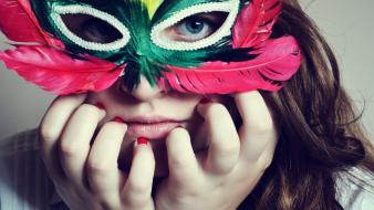 Venetian masks blue eyes brunettes domino mask feathers wallpaper