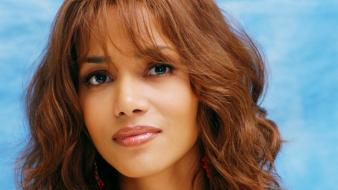 Beautiful halle berry wallpaper