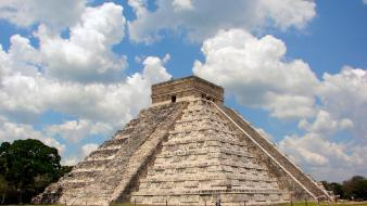 Chichen itza Wallpaper