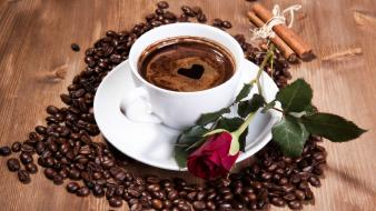 Coffee beans roses drinking cream and milk Wallpaper