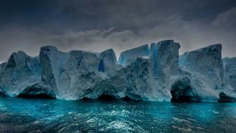 Dawn dark cold antarctica iceberg sea oceanscape wallpaper