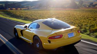 Yellow cars race motion srt viper Wallpaper