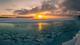 Sun ice landscapes wallpaper