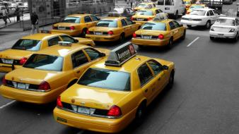 New york city selective coloring streets taxi yellow wallpaper