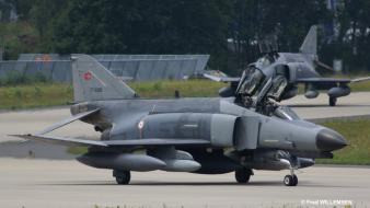 Turkish air force jet wallpaper