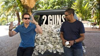 2 guns denzel washington mark wahlberg Wallpaper
