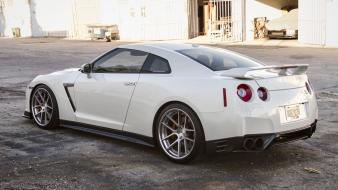 Nissan gt-r r35 cars rims tuned tuning wallpaper