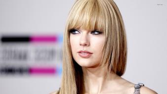Taylor swift straight hair wallpaper
