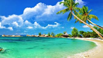 Tropical beach scenery Wallpaper