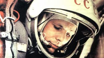 Yuri gagarin cosmonaut outer space wallpaper