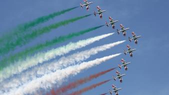 Frecce tricolori italian air force airplanes contrails wallpaper