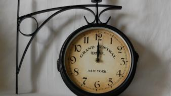 Terminal new york city clocks dial numbers wallpaper