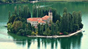 Catholic croatia national park boats green wallpaper