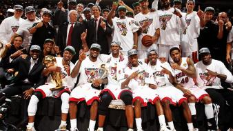Miami heat nba basketball player celebration wallpaper