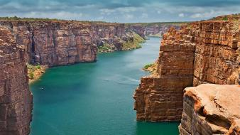Australia canyon cliffs clouds go wallpaper