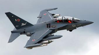 Yakovlev yak-130 aircraft pilots turn wallpaper
