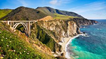 Bixby Bridge In Big Sur California wallpaper