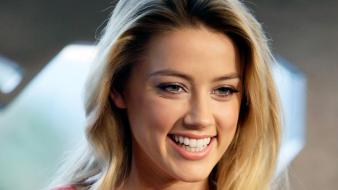 Blondes women close-up actress amber heard smiling Wallpaper