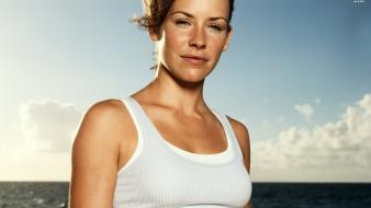 Evangeline lilly as kate in lost wallpaper