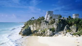 Mayan ruins mexico beach Wallpaper
