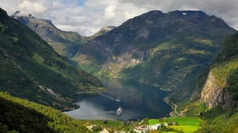 Geiranger norway buildings cities clouds wallpaper