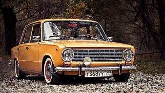 Lada 2101 russians cars old orange Wallpaper