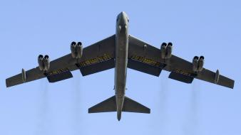B52 stratofortress aircraft bomber Wallpaper