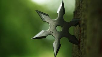 Closeup ninjas shuriken Wallpaper