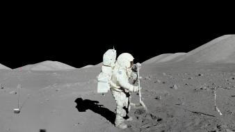 Moon landing astronauts wallpaper